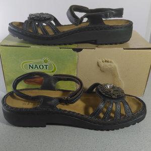 Naot Lilia Black Sandal